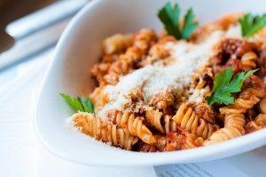 Zelf pastasaus maken