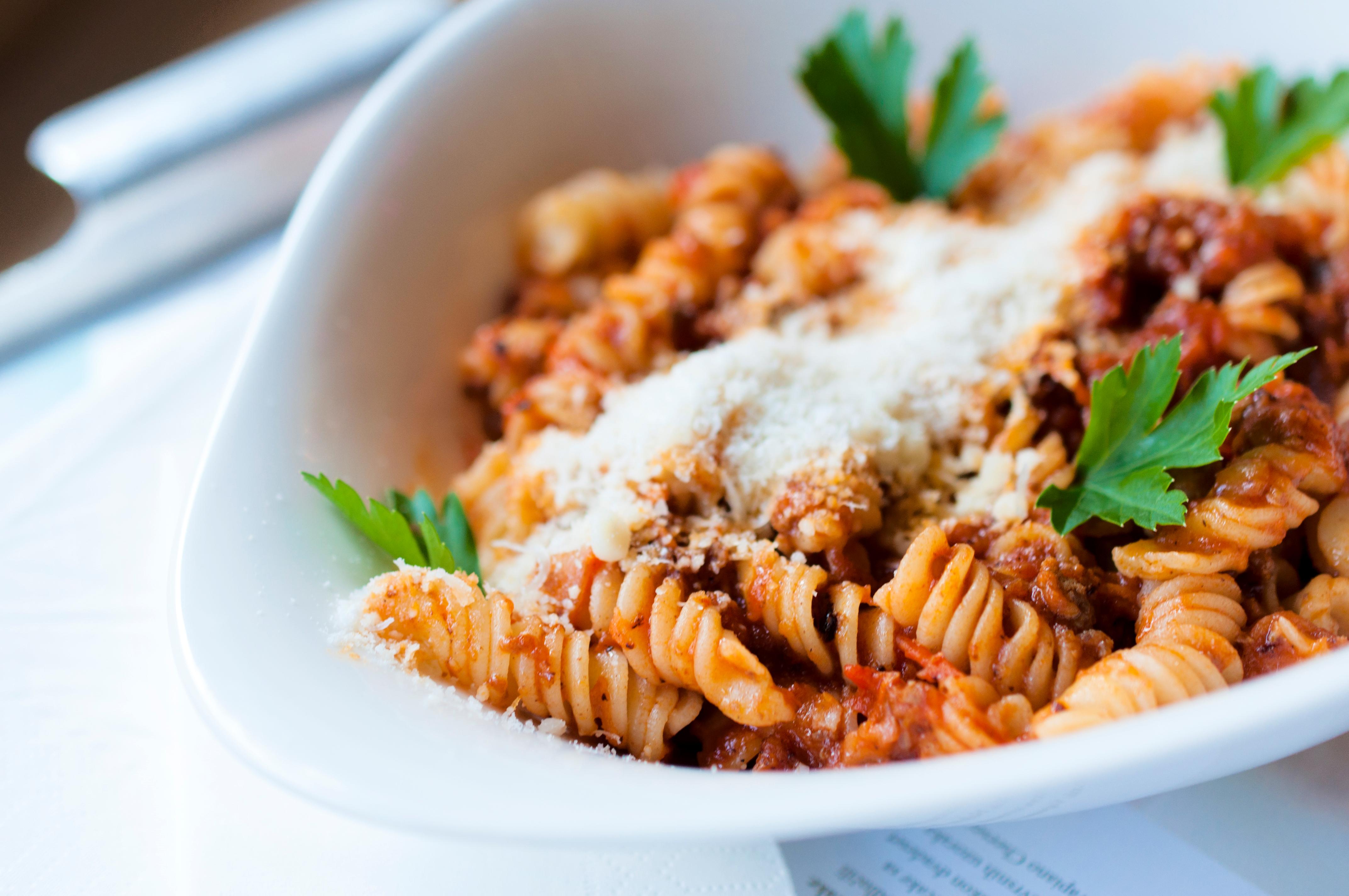 pastasaus met gehakt maken